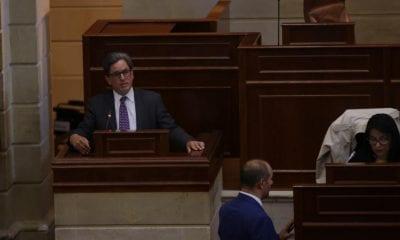 Ministro de Hacienda, Alberto Carrasquilla, presentando la reforma tributaria ante las comisiones Terceras / Foto: Minhacienda