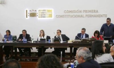 La Ministra de Minas, María Fernanda Suárez, y el viceministro general de Hacienda, Luis Alberto Londoño, asistieron al debate sobre Regalías