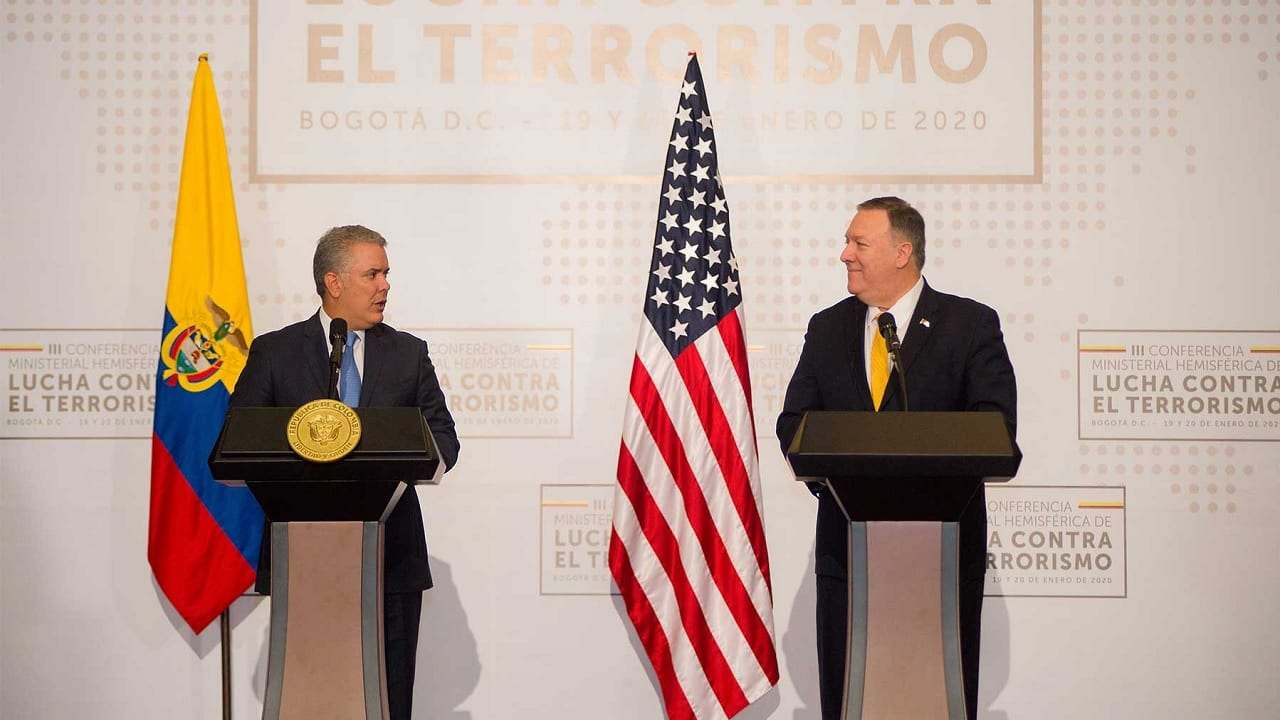 Mike Pompeo e Iván Duque