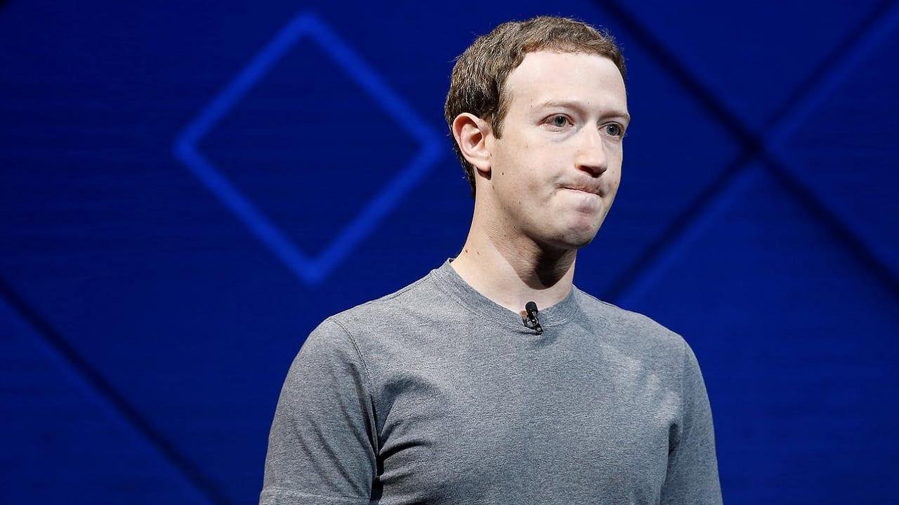 ElConfidencial señala a ING por la caída de Facebook y WhatsApp