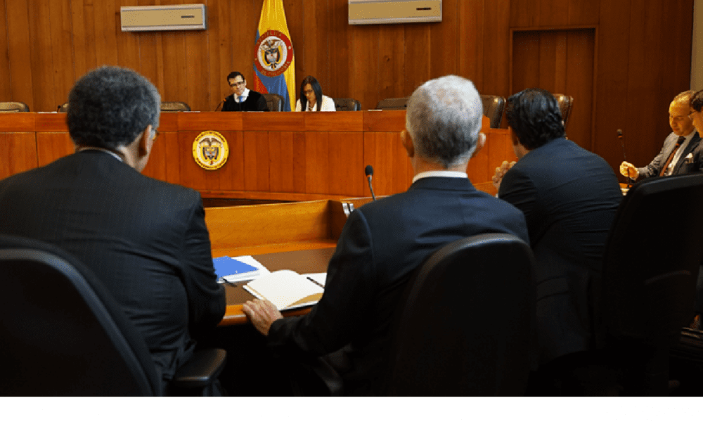 Las explicaciones de la Corte Suprema para ordenar la detención del  expresidente Uribe - Forbes Colombia