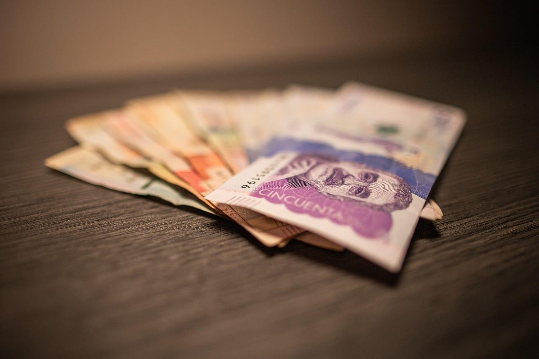 Billetes colombianos, dinero, economía, moneda, dinero en efectivo foto: Diana Rey Melo