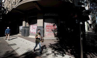 Chile confina nuevamente a la capital por peligro de colapso sanitario