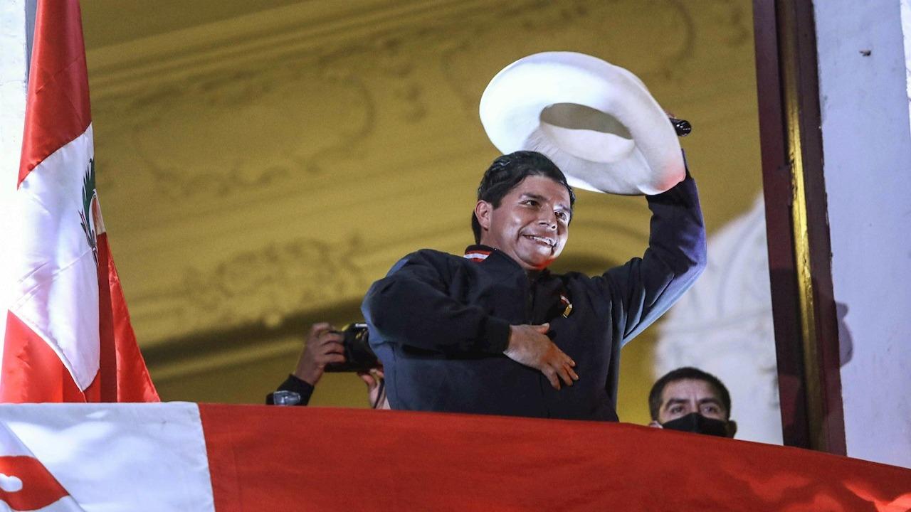 """""""El pueblo ha despertado"""", dice Castillo, que se acerca a la victoria electoral en Perú"""