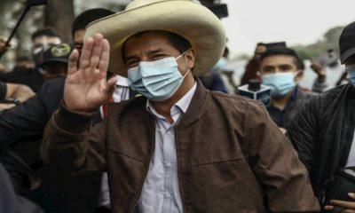 Castillo se impone a Fujimori al 100 % de votos contabilizados en Perú