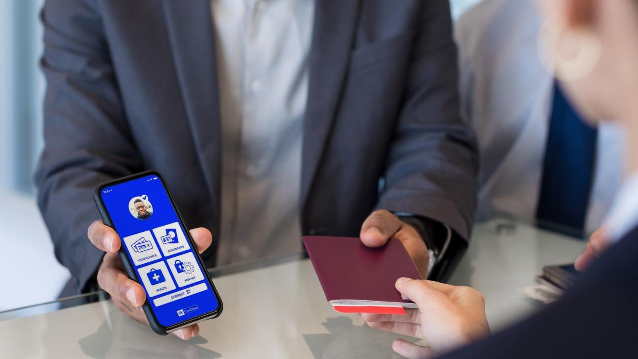 Latam Airlines usará app de pasaportes sanitarios en rutas entre Santiago, Lima y Miami