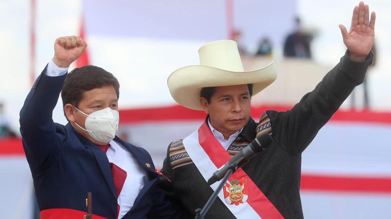 El izquierdista Guido Bellido, nuevo presidente del Consejo de Ministros de Pedro Castillo, respaldó a una integrante del grupo terrorista Sendero Luminoso.