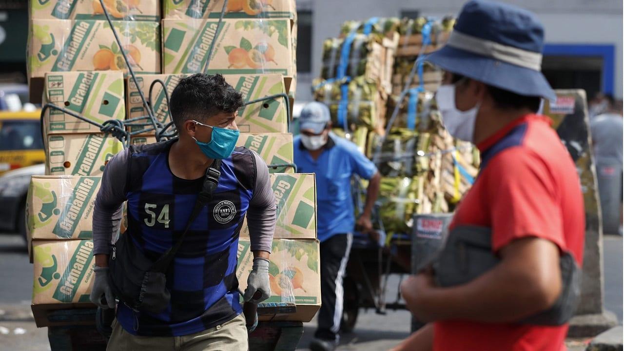 Empleo en el Perú crece con puestos informales