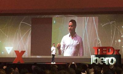 Jos Herrera en una de sus conferencias. Foto: TEDx Ibero.