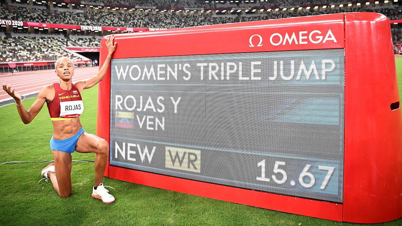 Venezolana Yulimar Rojas logra récord mundial y le quita la corona a  Caterine Ibarguen de triple salto - Forbes Colombia