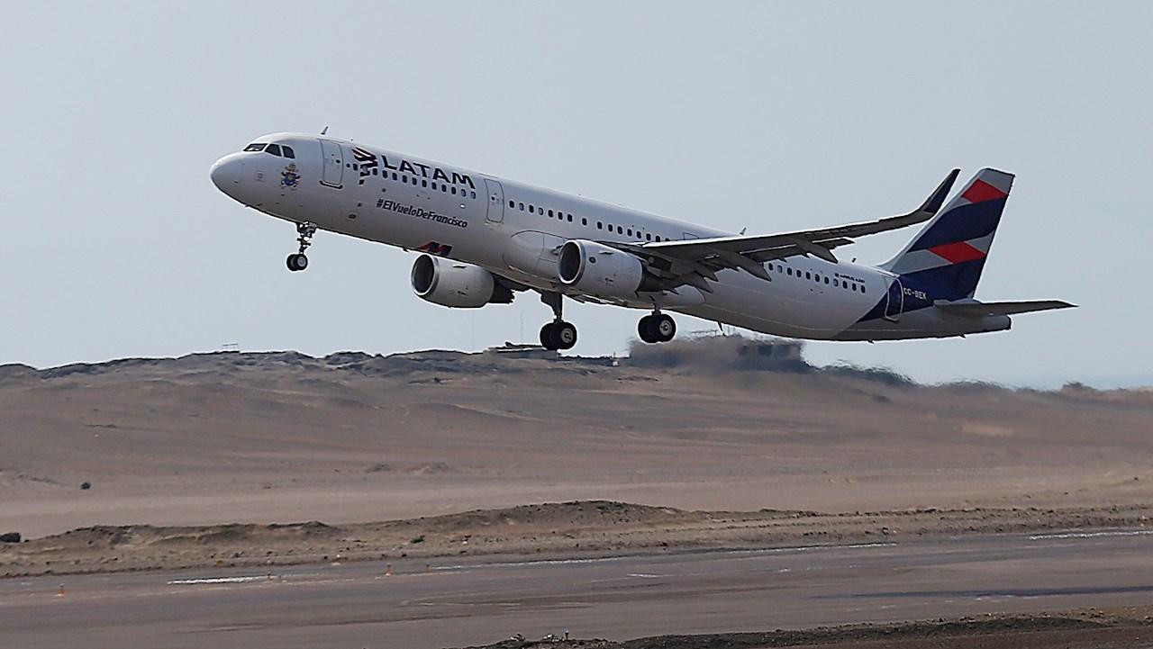 Covid-19: Chile abrirá sus fronteras en octubre a través de 3 aeropuertos y pasos terrestres
