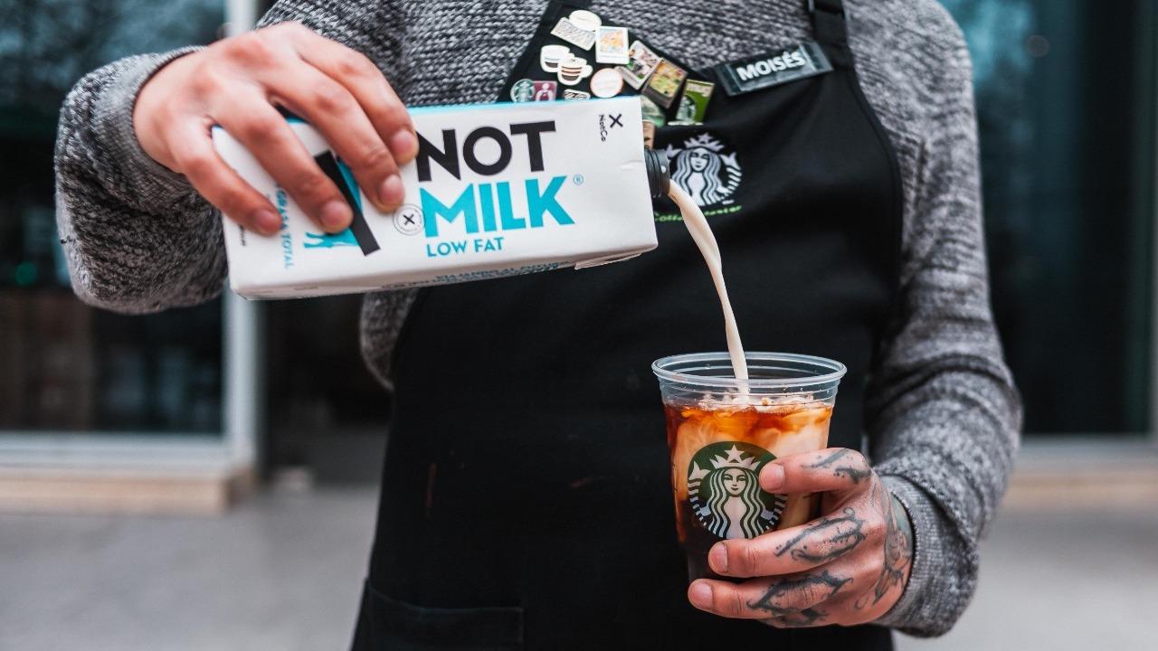 Starbucks ofrecerá la leche vegetal NotMilk en sus establecimientos en Chile